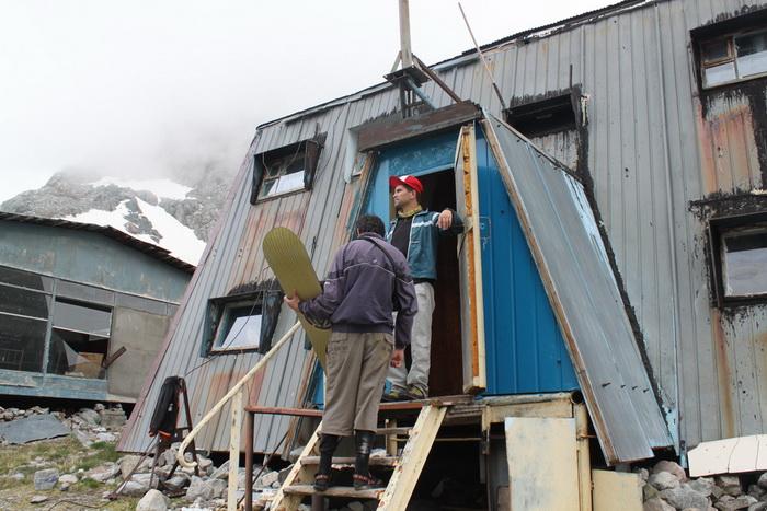 база Верхняя АлаАрча. 3440 метров