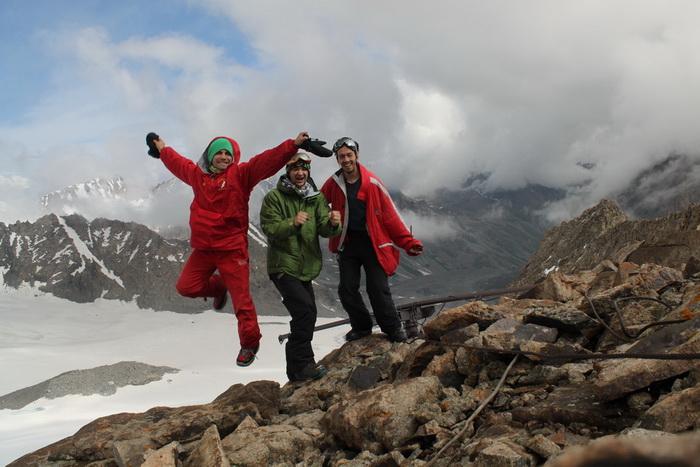 участники летнего сноухантиг трипа на Большой Ала-Арчинский ледник