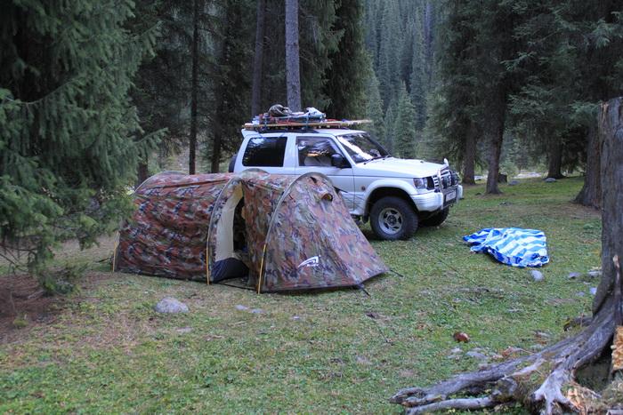 наш лагерь в Каракольском ущелье
