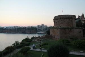 Одна из башен крепости в Калеичи.