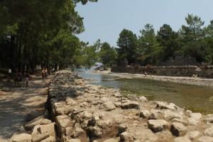 Река протекающая через Олимпос.