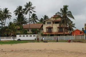 Негомбо. Дом на берегу Индийского океана.