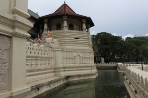 Канди. Храм зуба Будды.
