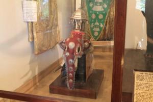 Канди. Храм зуба Будды. Боевой слон Раджа - миникопия.