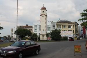 Коломбо. Центр. Башня с часами.