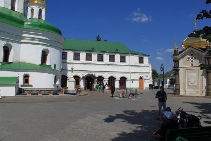 Киев. Ближние пещеры Киево-Печерской Лавры.