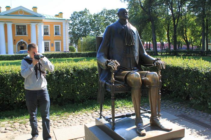 Санкт-Петербург. Петропавловская крепость. Памятник Петру I.