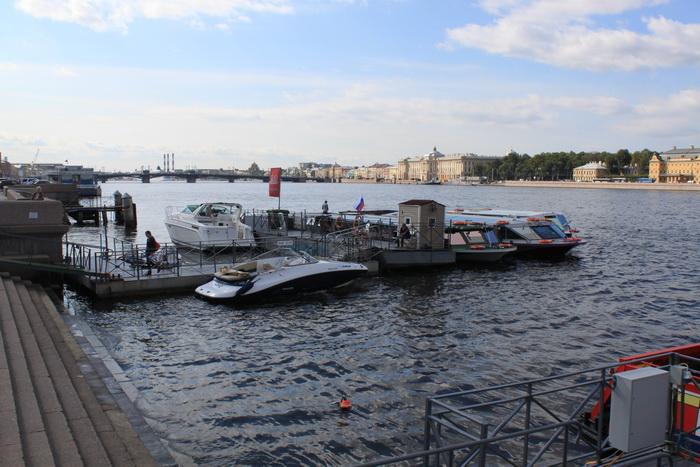 Санкт-Петербург. Сенатская площадь. Нева.