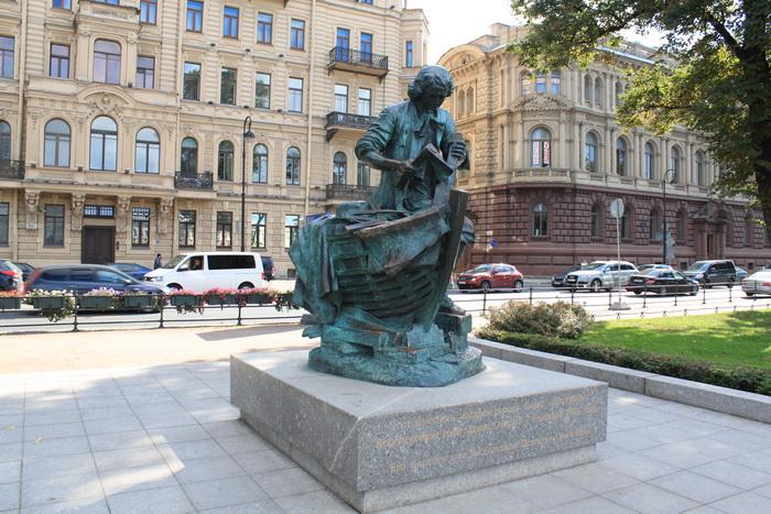 Санкт-Петербург. Памятник Петру.