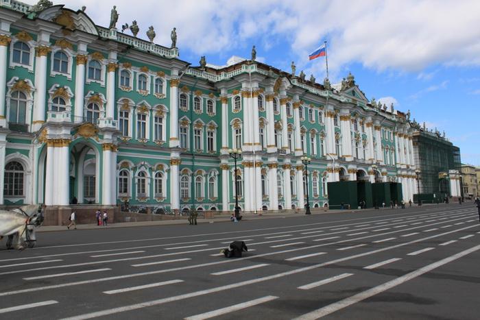Санкт-Петербург. Дворцовая площадь. Зимний дворец.