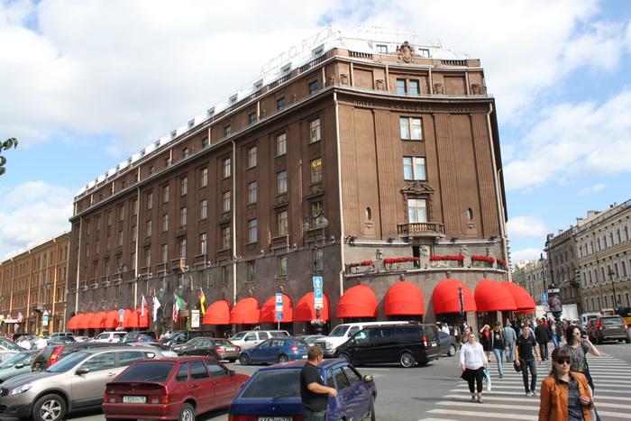 Санкт-Петербург. Исаакиевская площадь. Гостиница Астория.