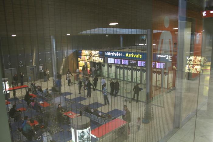 Париж. Аэропорт Шарль-де-Голль. Зал прилета.