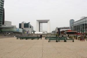 Париж. Дефанс. Большая арка.
