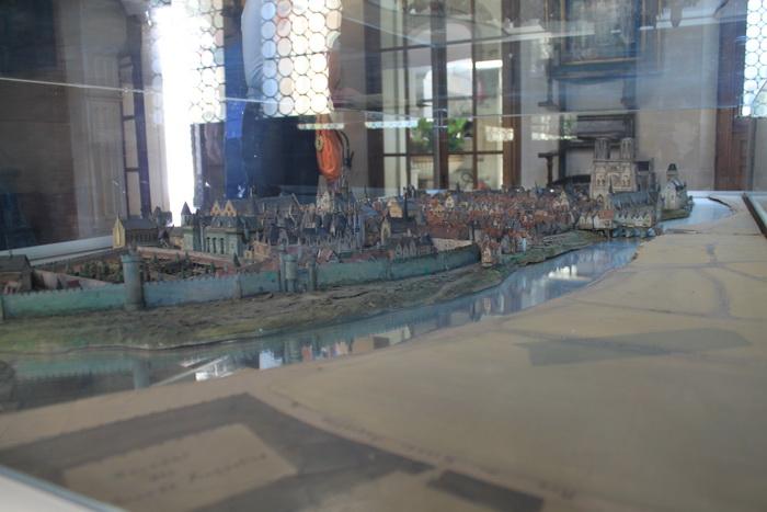 Париж. Музей Карнавале. Макет города.
