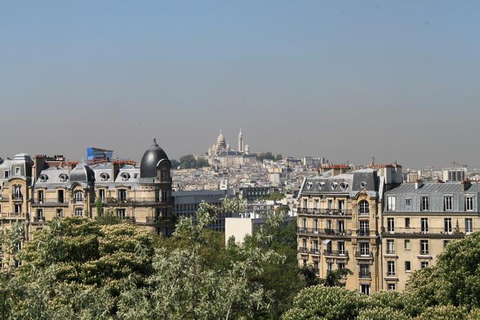 Париж. Парк Бют-Шомон. Панорама.