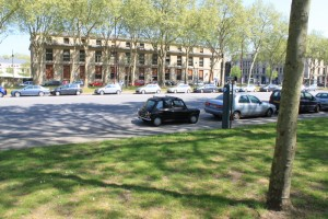 Версаль. По дороге к Версальскому дворцу.