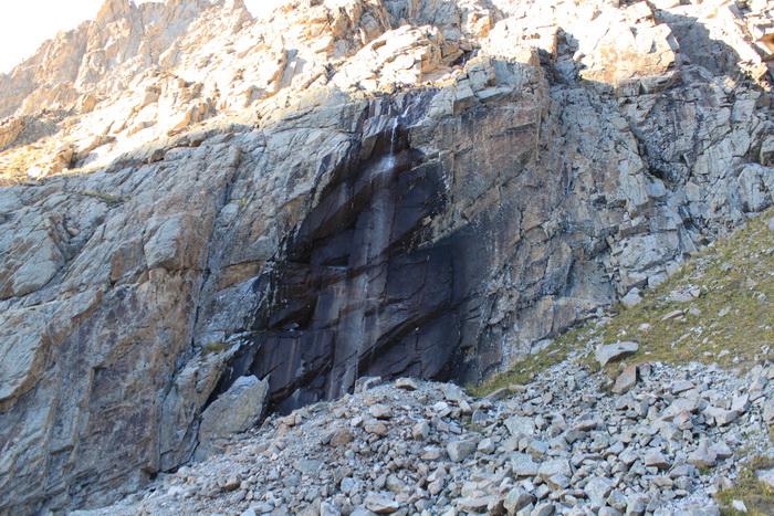 Киргизия. Хижина Рацека. Водопад.