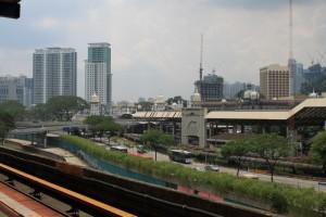 Куала-Лумпур. Песчаные башенки вокзала KTM.