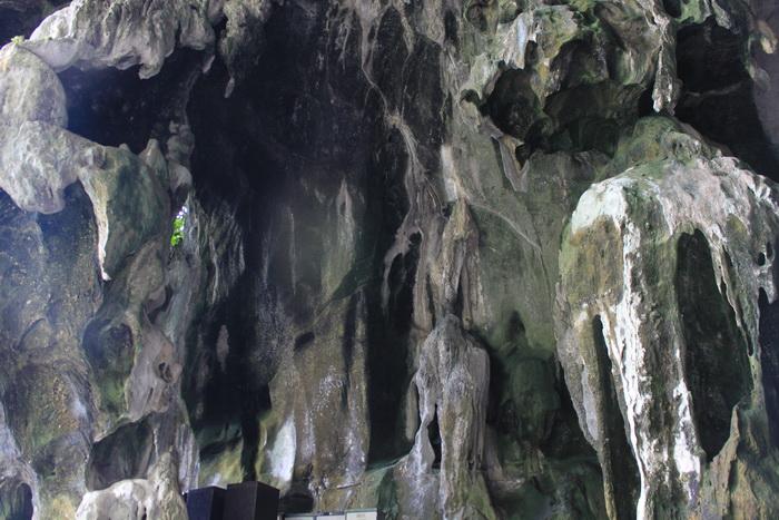 Куала-Лумпур. Известняковые пещеры Бату.