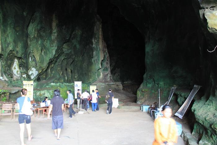 Куала-Лумпур. Пещеры Бату. Экскурсия в Dark Cave.