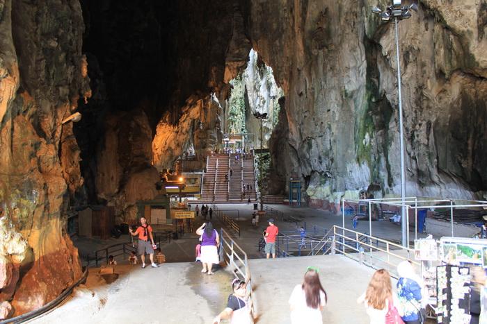 Куала-Лумпур. Пещеры Бату. Храмовая пещера.
