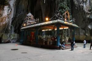 Куала-Лумпур. Пещеры Бату. Индуистский храм.
