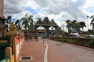 Куала-Лумпур. Пещеры Бату. Главные ворота.