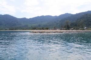 Малайзия. Первые остановки парома на Тиоман.