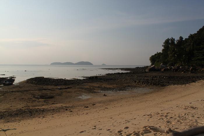 Малайзия. Остров Тиоман. Начинается отлив.