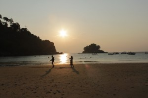 Малайзия. Остров Тиоман на закате. Soyak Island.