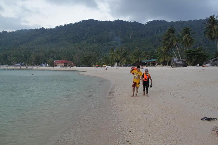 Малайзия. Остров Тиоман. Юные дайверы.