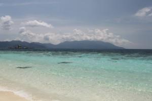 Малайзия. Тиоман. Необитаемый остров White Sandy Beach.