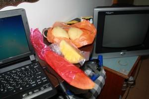 Куала-Лумпур. Экзотические фрукты. Манго, папайя, ананас.