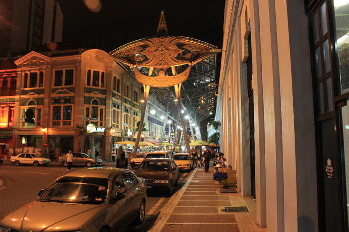 Куала-Лумпур. Сити маркет ночью.