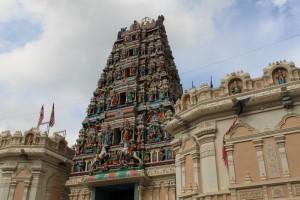 Куала-Лумпур. Вход в храм Sri Mahamariamman.