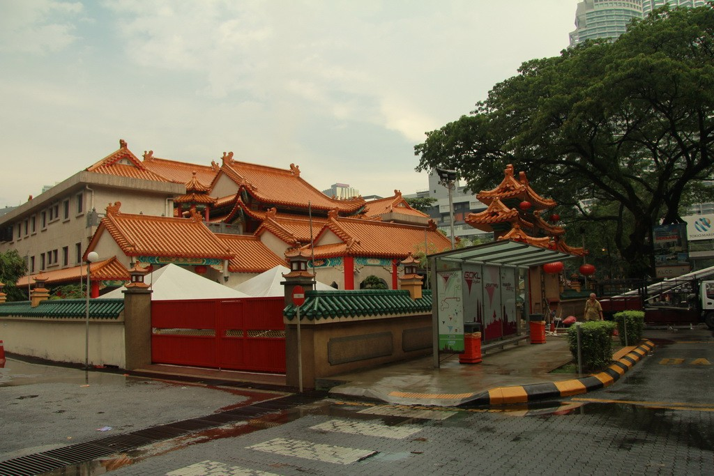 Куала-Лумпур. Храм Kun Yam Thong.