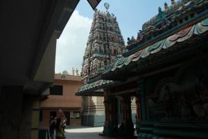 Куала-Лумпур. Внутри Шри Махамариамман.