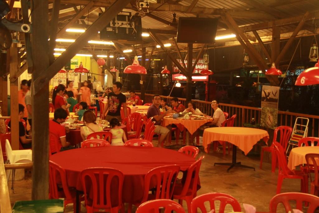 Куала-Селангор. Китайский ресторан.