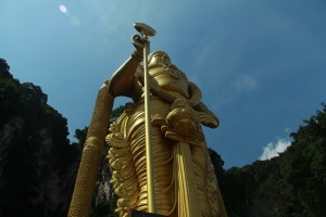 Куала-Лумпур. Пещеры Бату. Статуя Муругана.