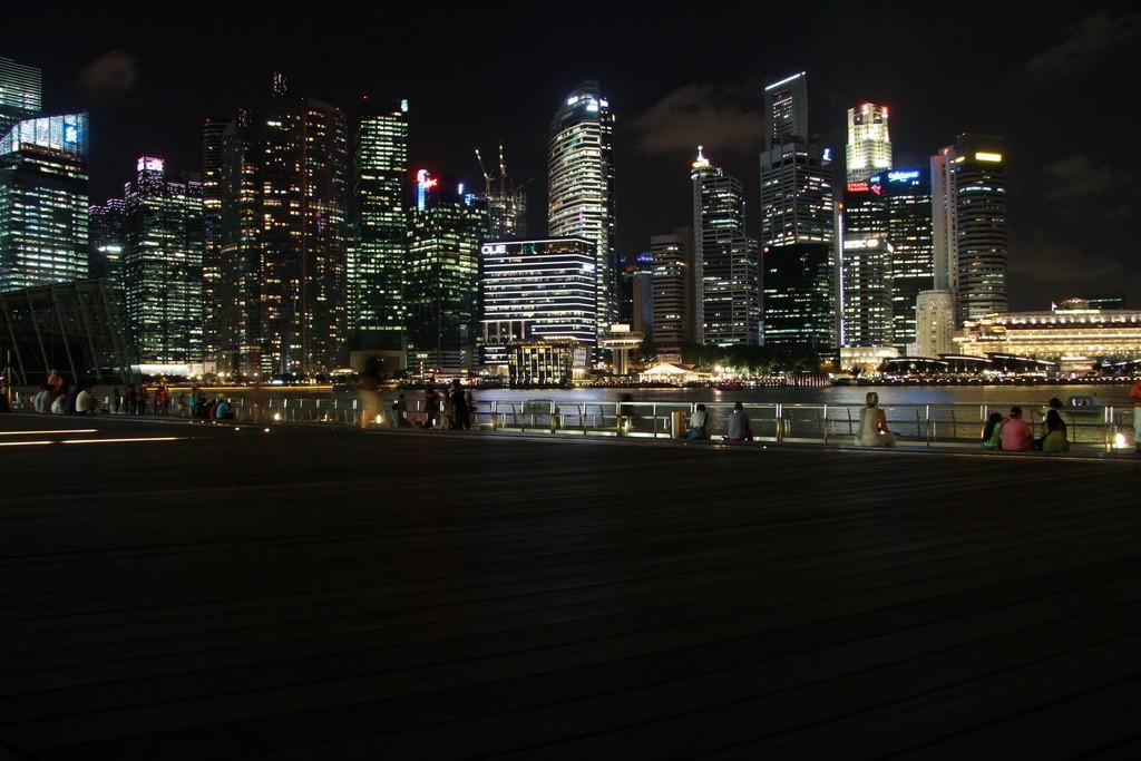 Сингапур. Марина Бэй ночью.