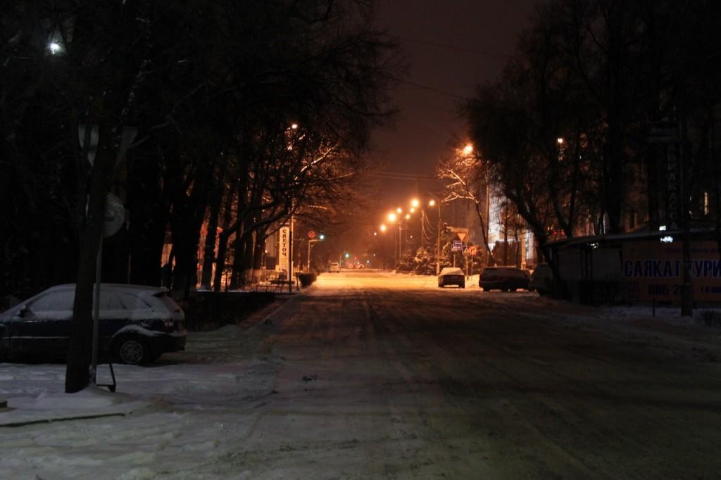 Киргизия. Ночные улочки Бишкека.