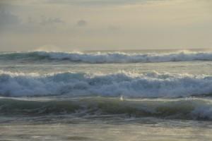 Бали. Волны.