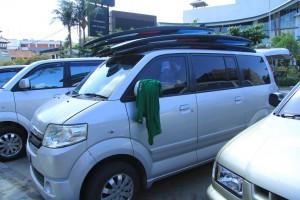 Бали. Серф бас школы серфинга.