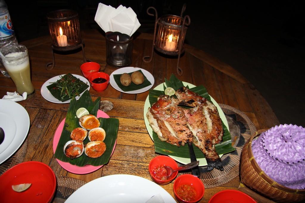 Ужин на Бали. Пляж Джимбаран.