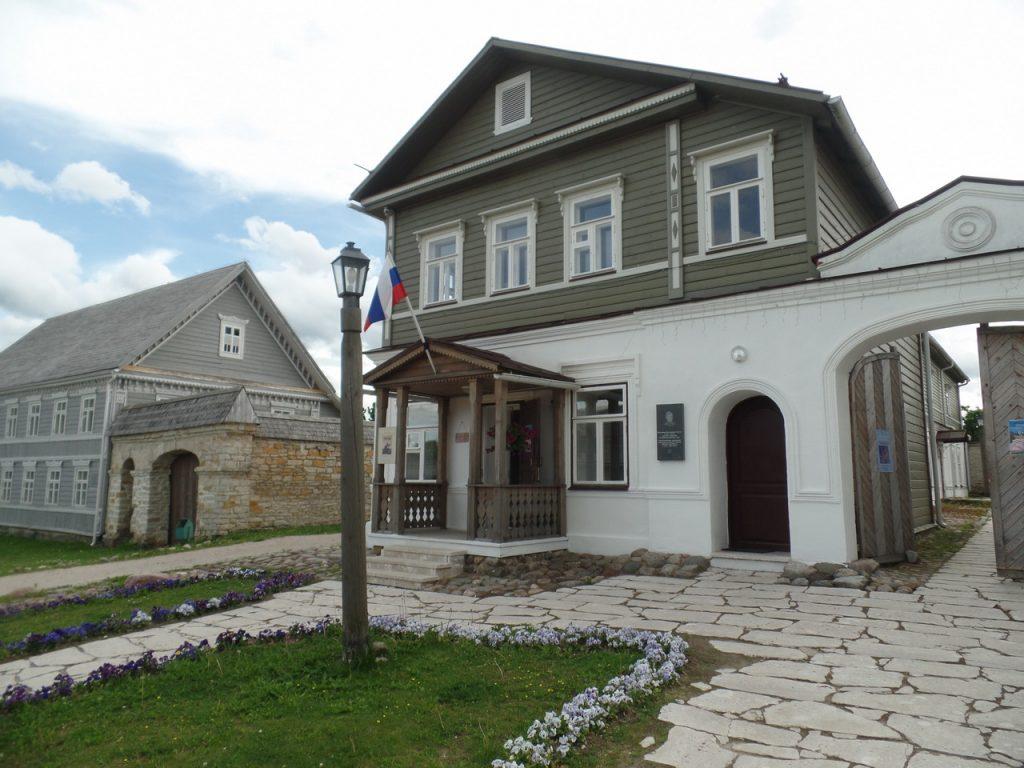 Музеи Изборска.