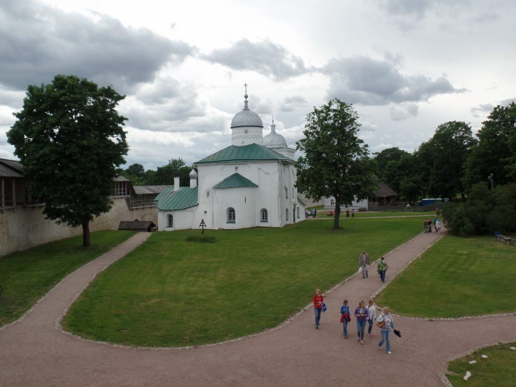 Никольский собор в Изборске.