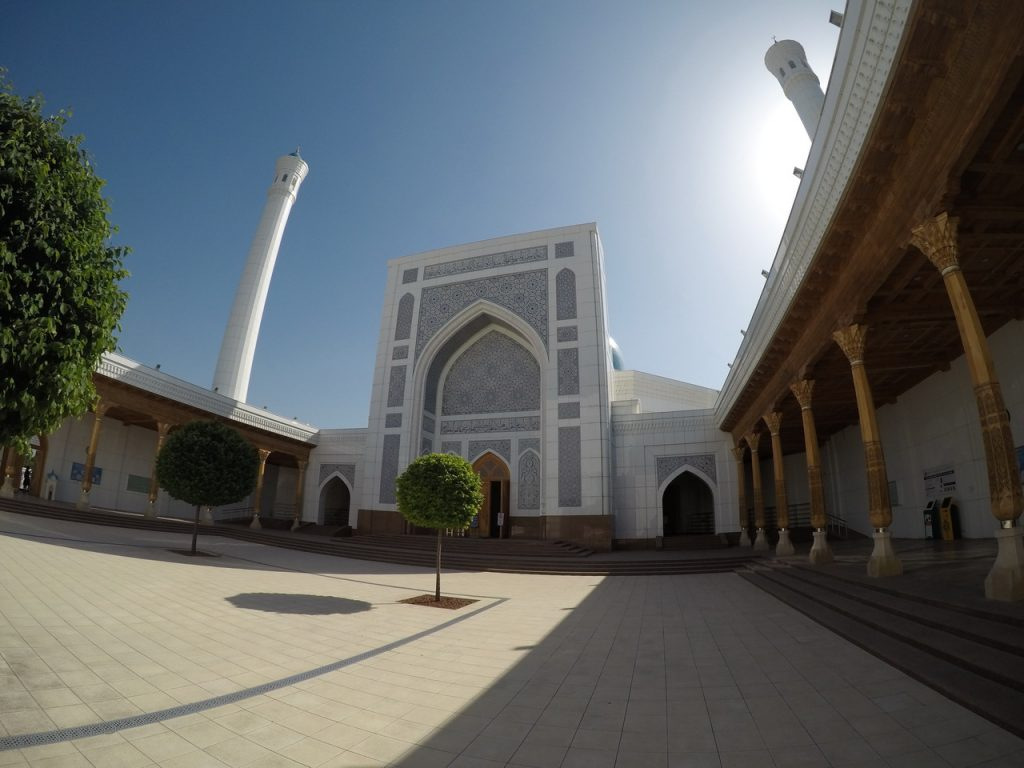 Минареты Белой мечети Минор