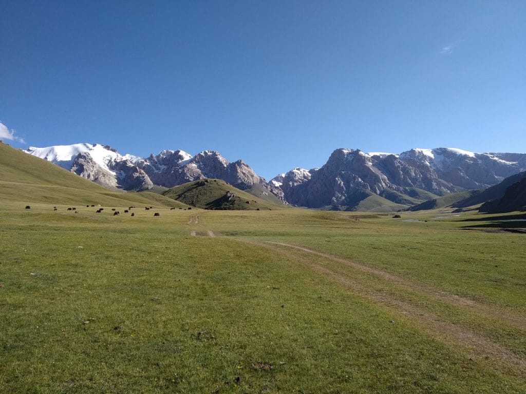 Дорога на Кель Суу. Киргизия.